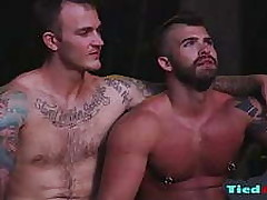 Tatoo porno clips - mignon gay minets