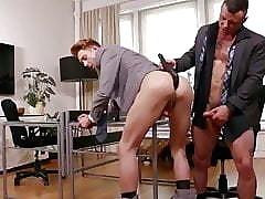 Muscolo video di sesso giovane ragazzo cazzo